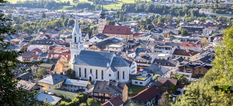 Lasst die Kirche im Dorf! (und auch in der Stadt!)